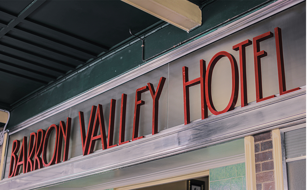 It's Back to 1930s For the Barron Valley Hotel